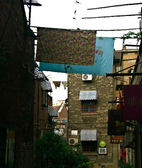 空の四角い街